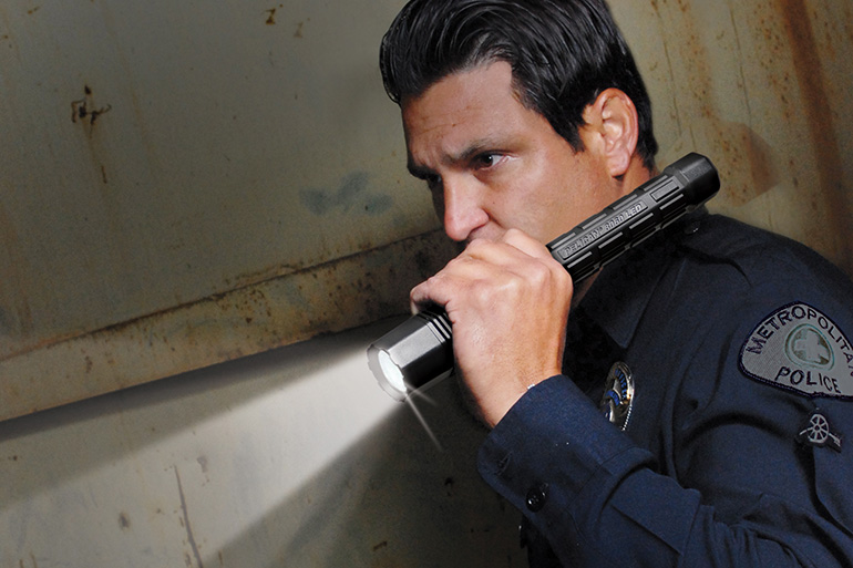pelican-8060-tactical-police-flashlight