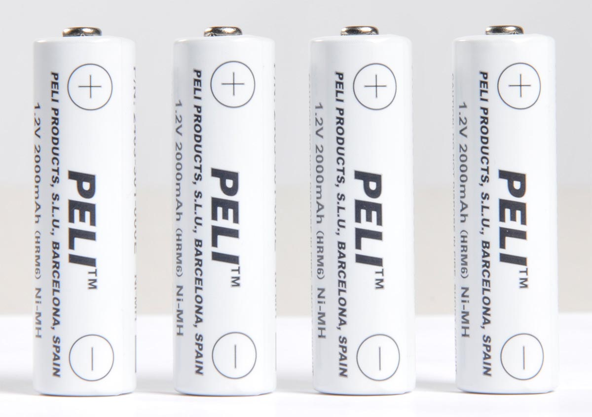 pelican peli 2469p rechargeable batteries