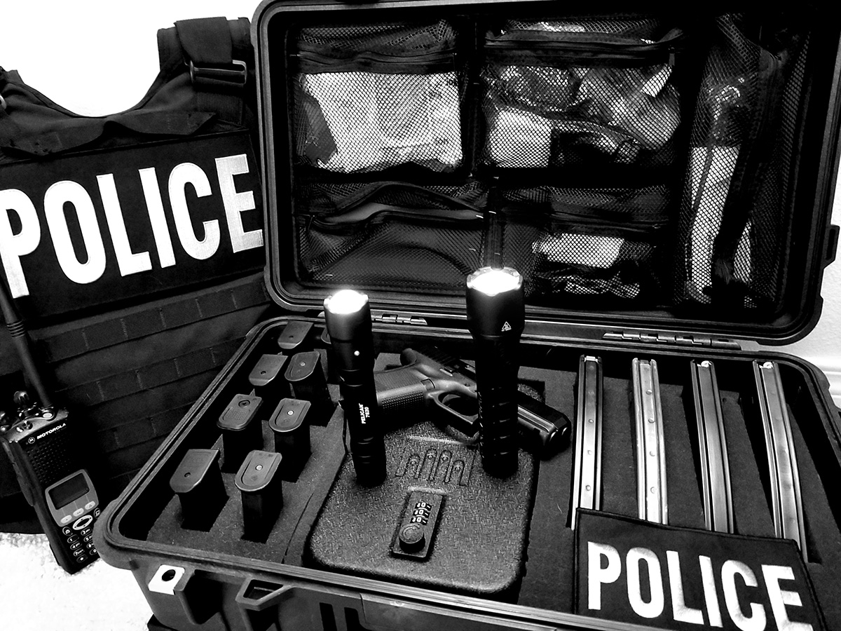 pelican professional blog 7 series tactica police flashlight