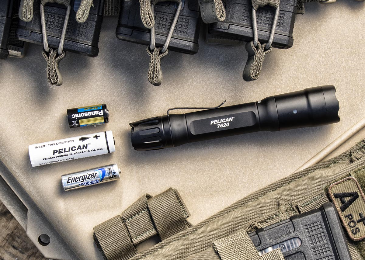 pelican professional blog police flashlight multi-battery aa 123a