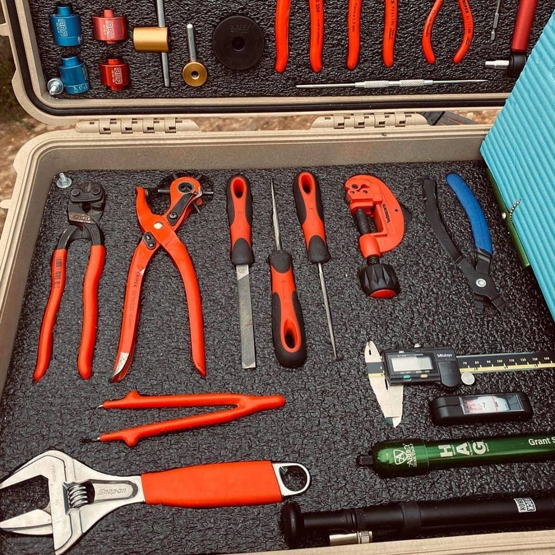 pelican consumer blog tool custom foam hardware case