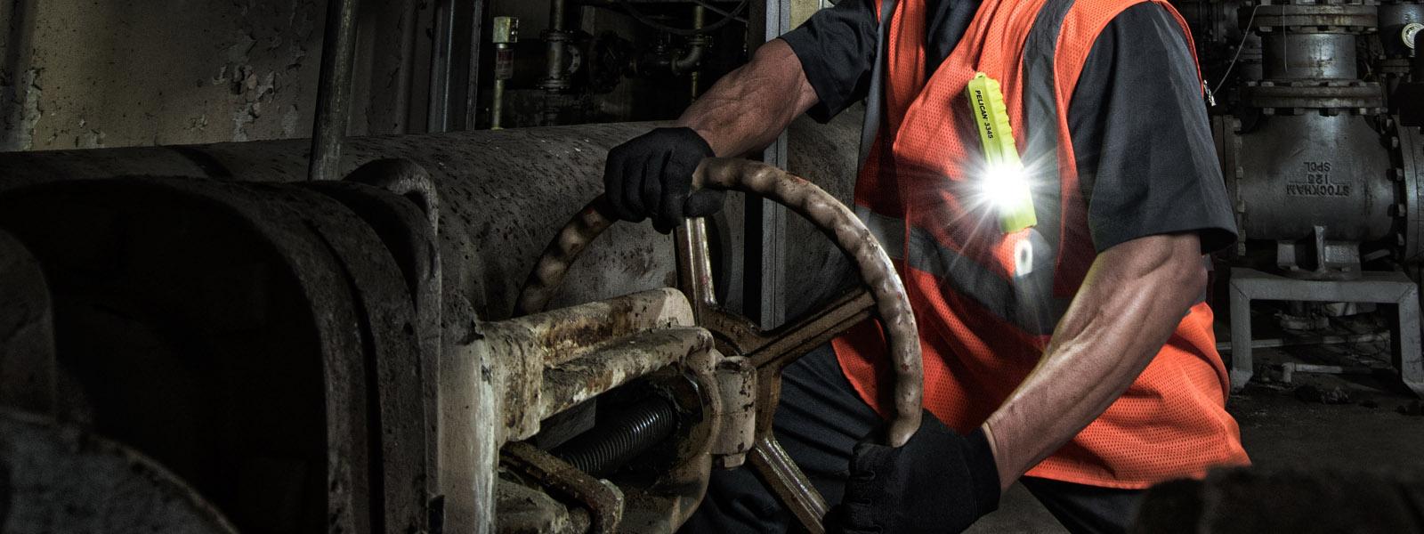 pelican 3345 flashlight refinery