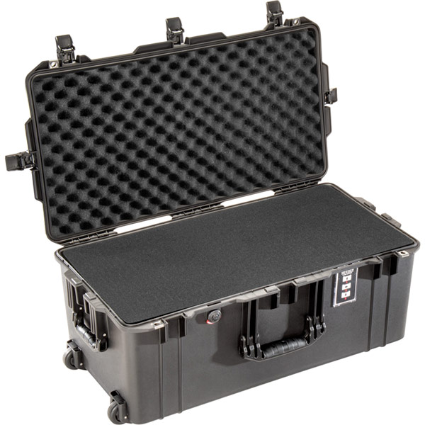 pelican 1626 air foam deep rolling case