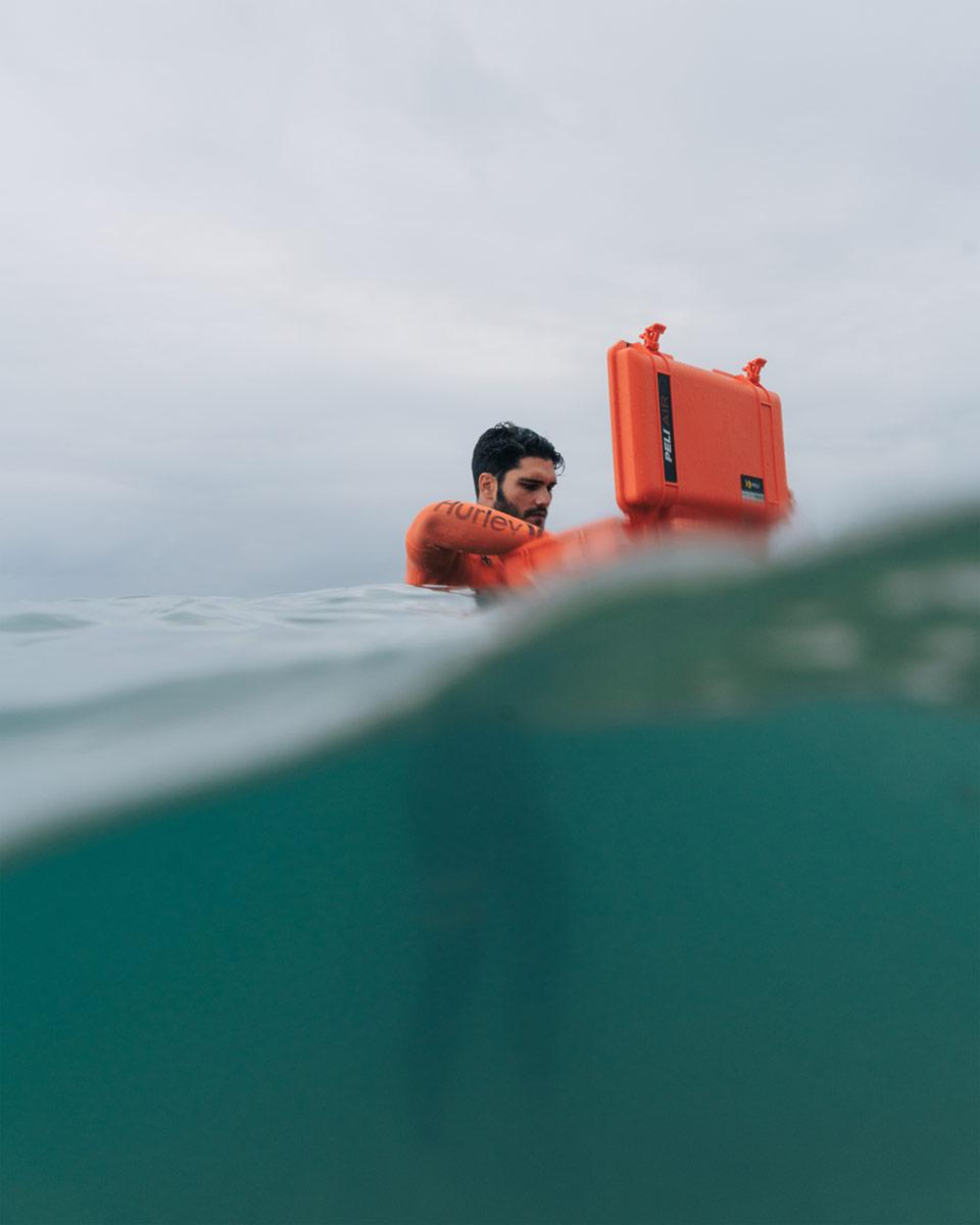 peli pro team pol tarres watertight case