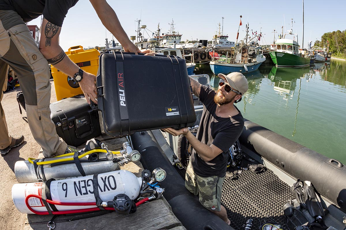 peli pro team robert marc lehman boat