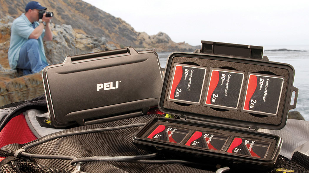peli 0945 compact flash memory card case
