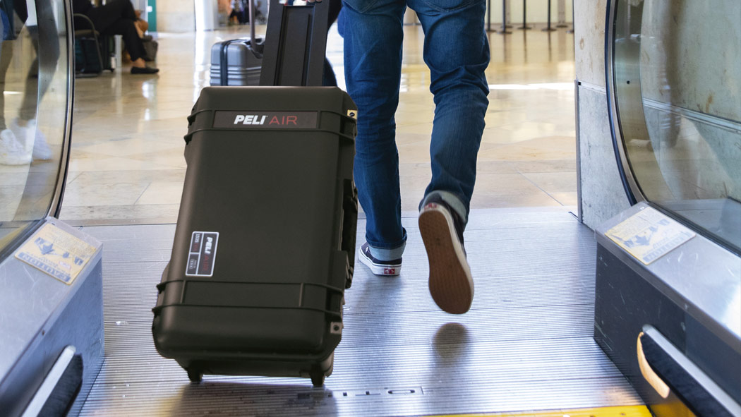 peli 1535 air travel luggage case