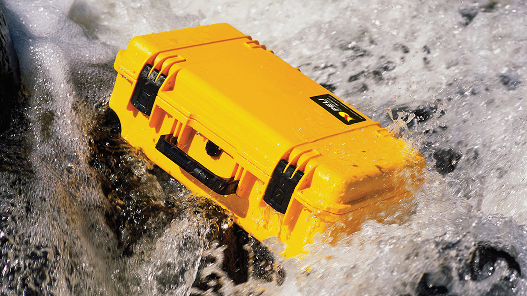 peli im2620 waterproof rafting hard case