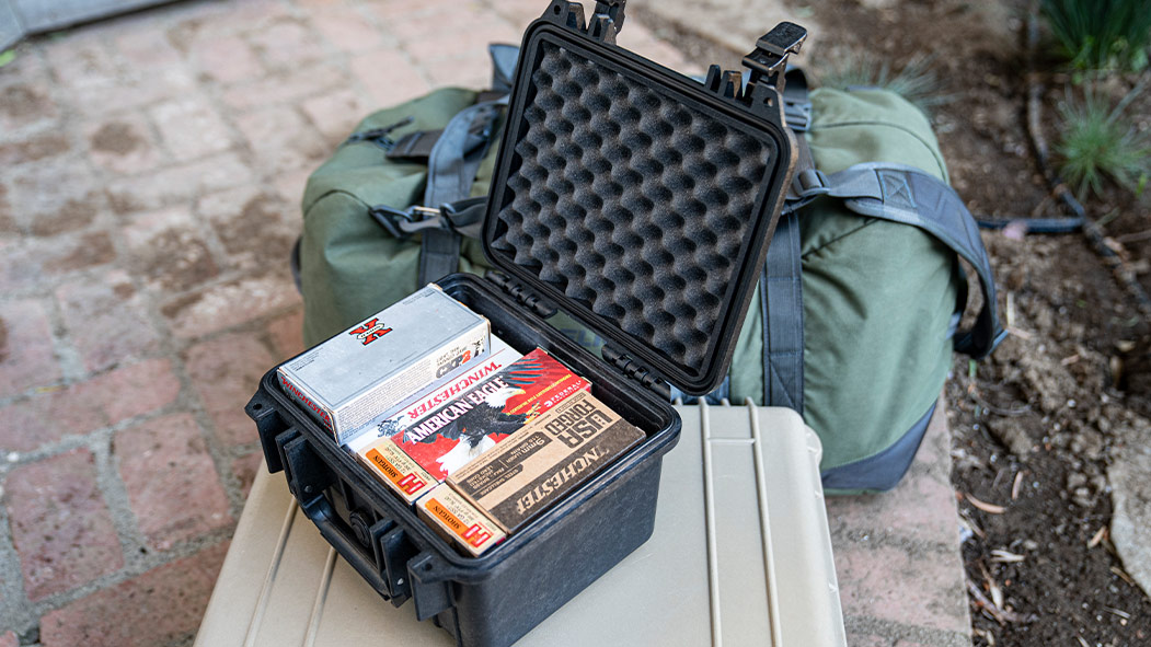pelican 1300 large deep gun ammunition case