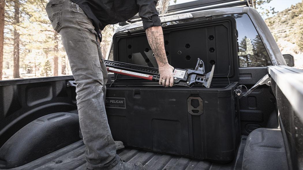 pelican 255 cross bed cargo case