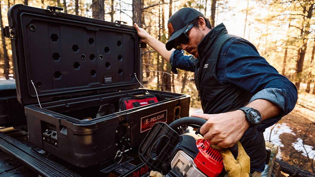 pelican 90r roof cargo carrier case