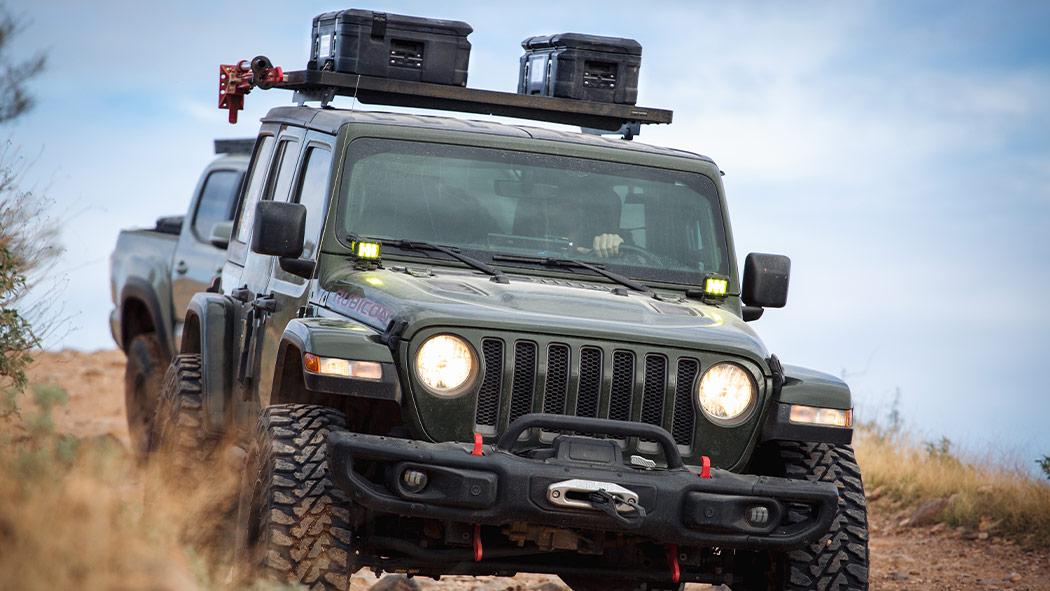 pelican 90r roof rack mounted cargo case