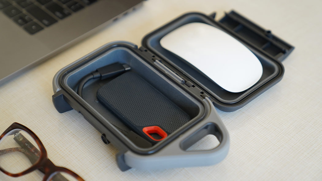pelican g10 mouse flash drive case