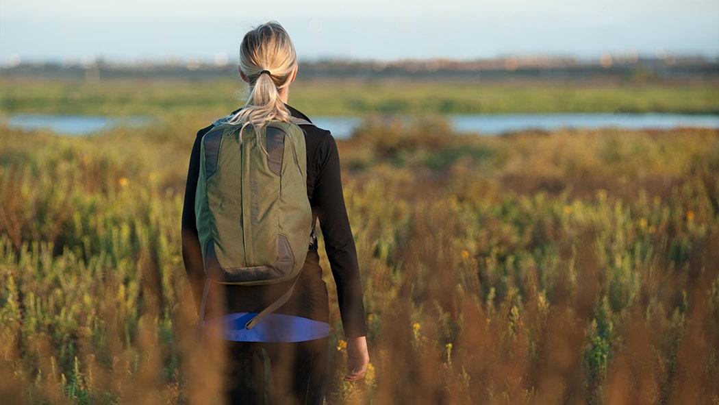 pelican mpb25 green lightweight hiking backpack