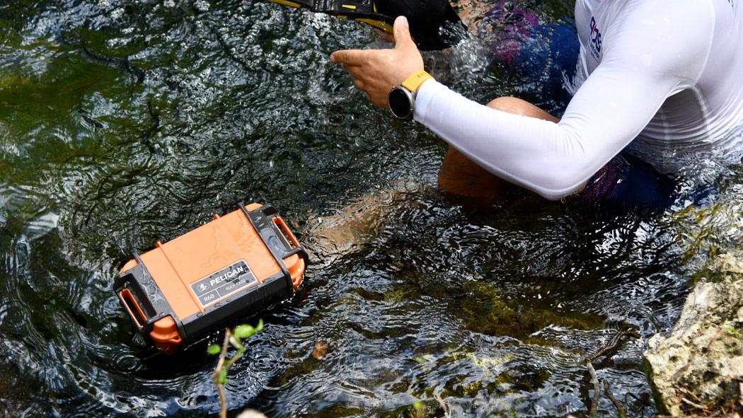 pelican r60 waterproof utility case