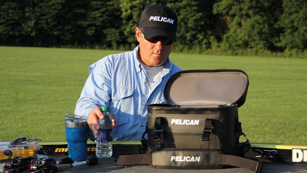 pelican sc12 golf sport black soft cooler