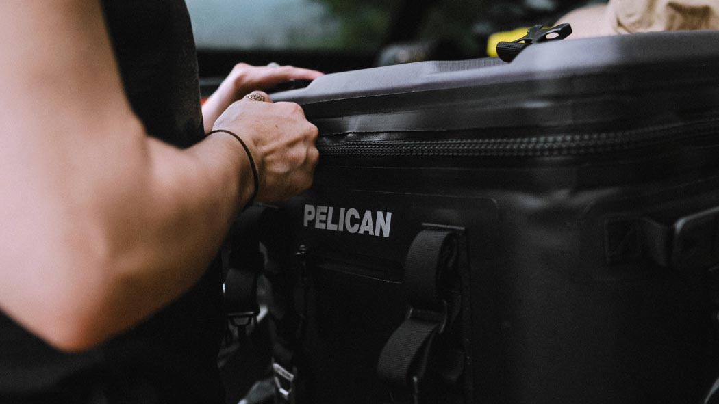 pelican sc24 24 can camping strap cooler