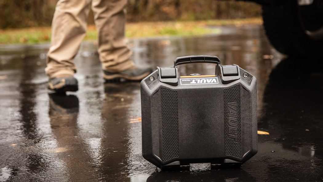 pelican v100 small gun case