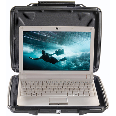 pelican 1075cc hard shell laptop waterproof case