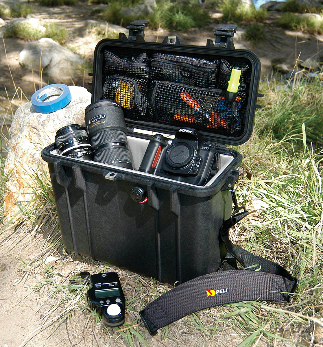 pelican 1430 watertight photographer camera case