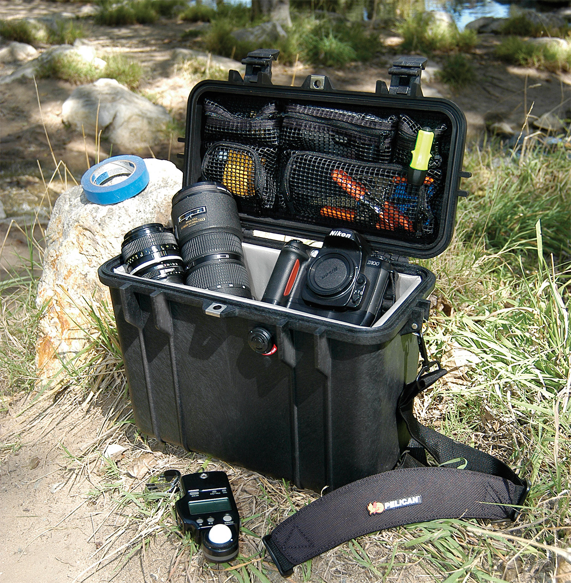 pelican 1430 outdoor waterproof camera case