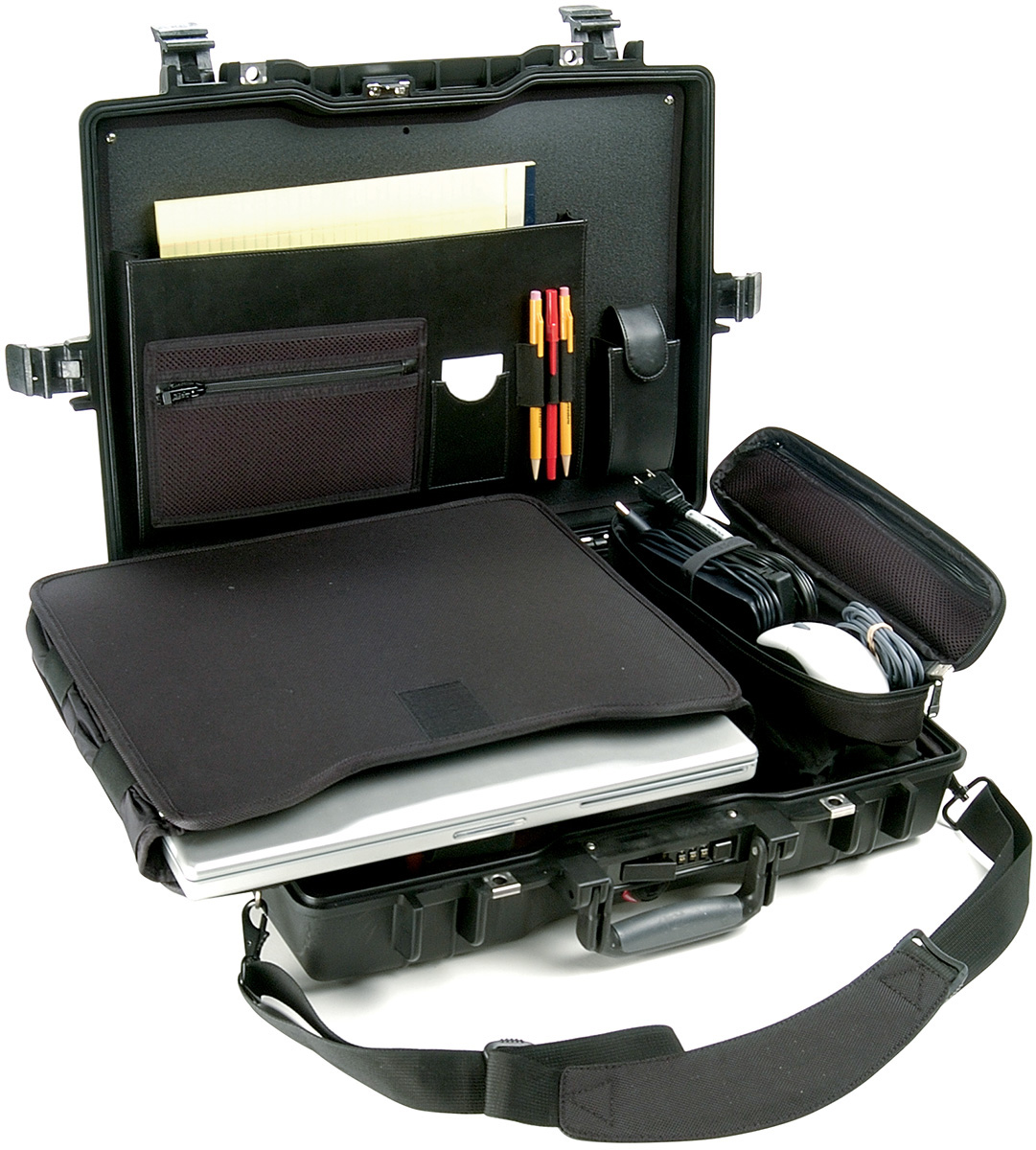 pelican 1495 laptop lockable outdoor case