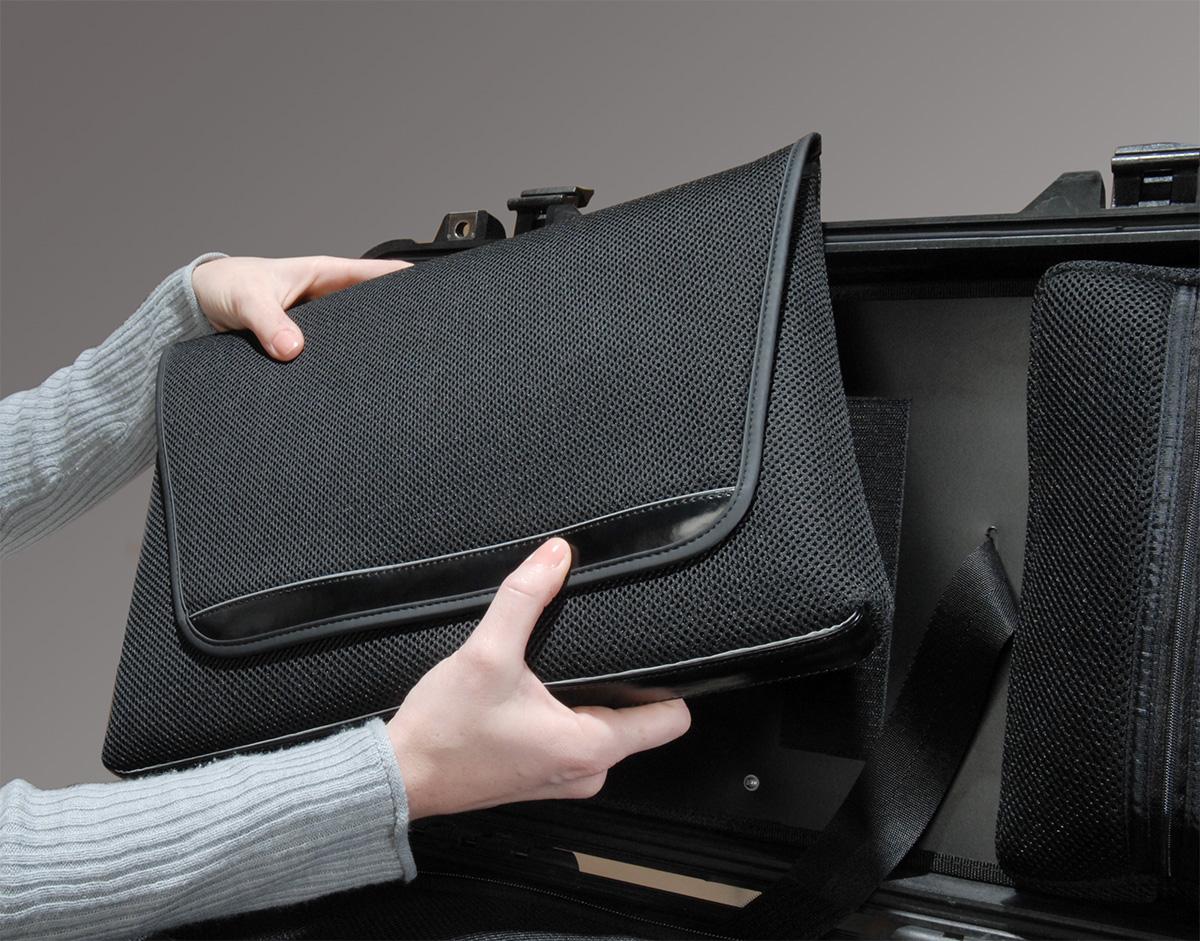 pelican peli products 1510LOC 1510 laptop carrying sleve case