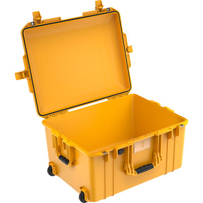 pelcian 1607 air deep yellow crushproof case