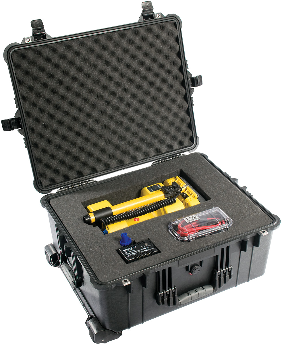 pelican 1610 rolling travel police equipment case