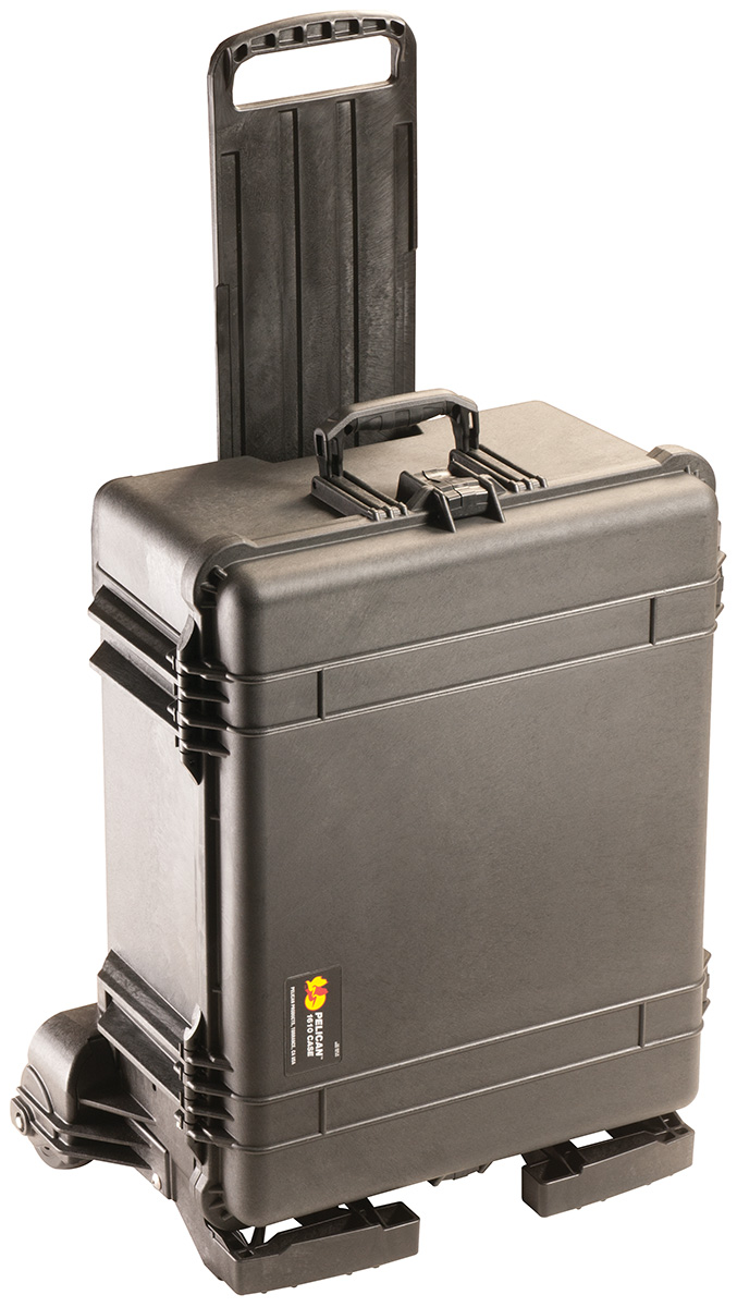 pelican peli products 1610M rolling outdoor travel hard case