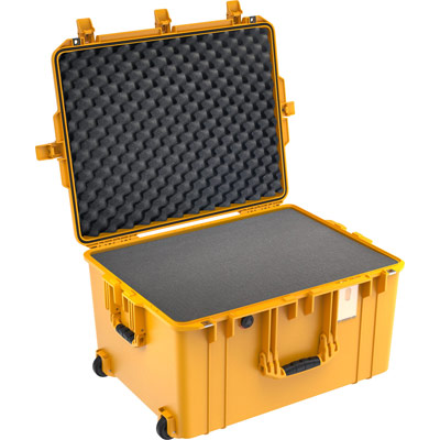 pelican 1637 crushproof foam camera case