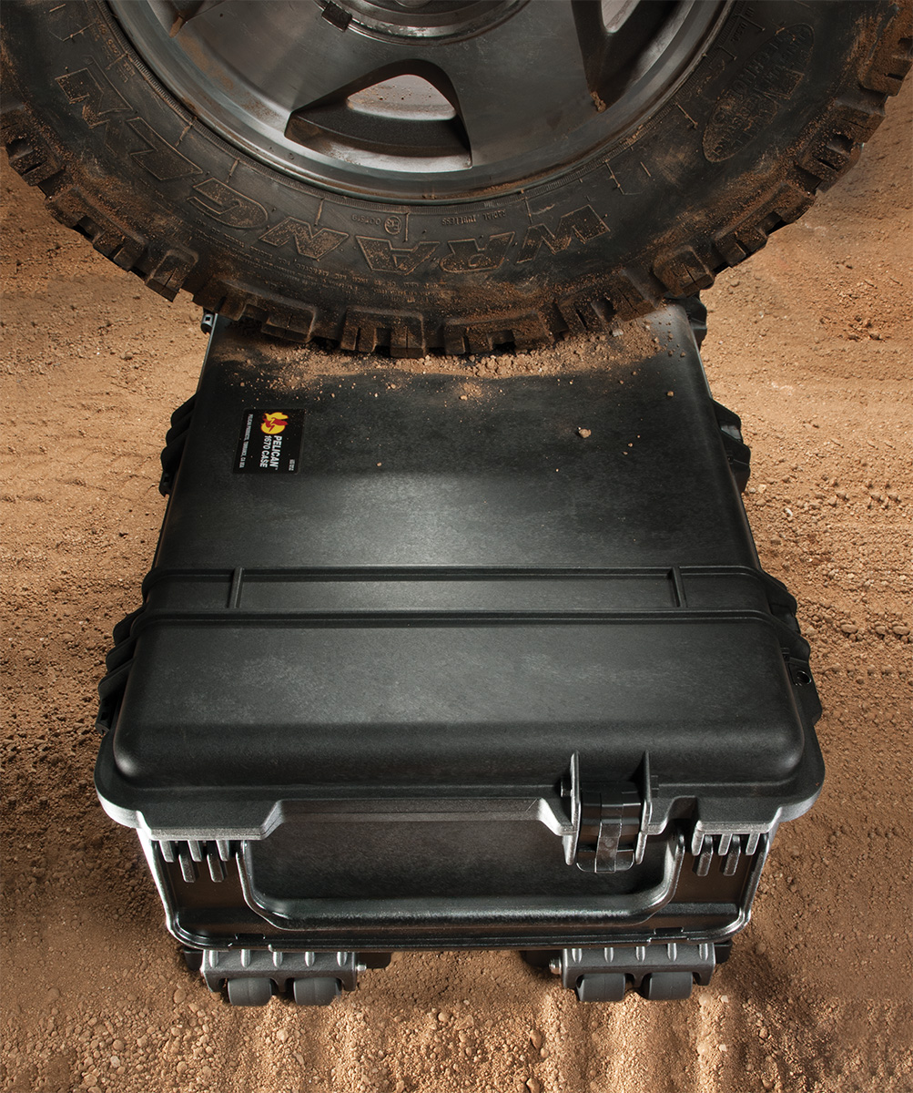 pelican peli products 1670 rugged offroad rolling equipment case