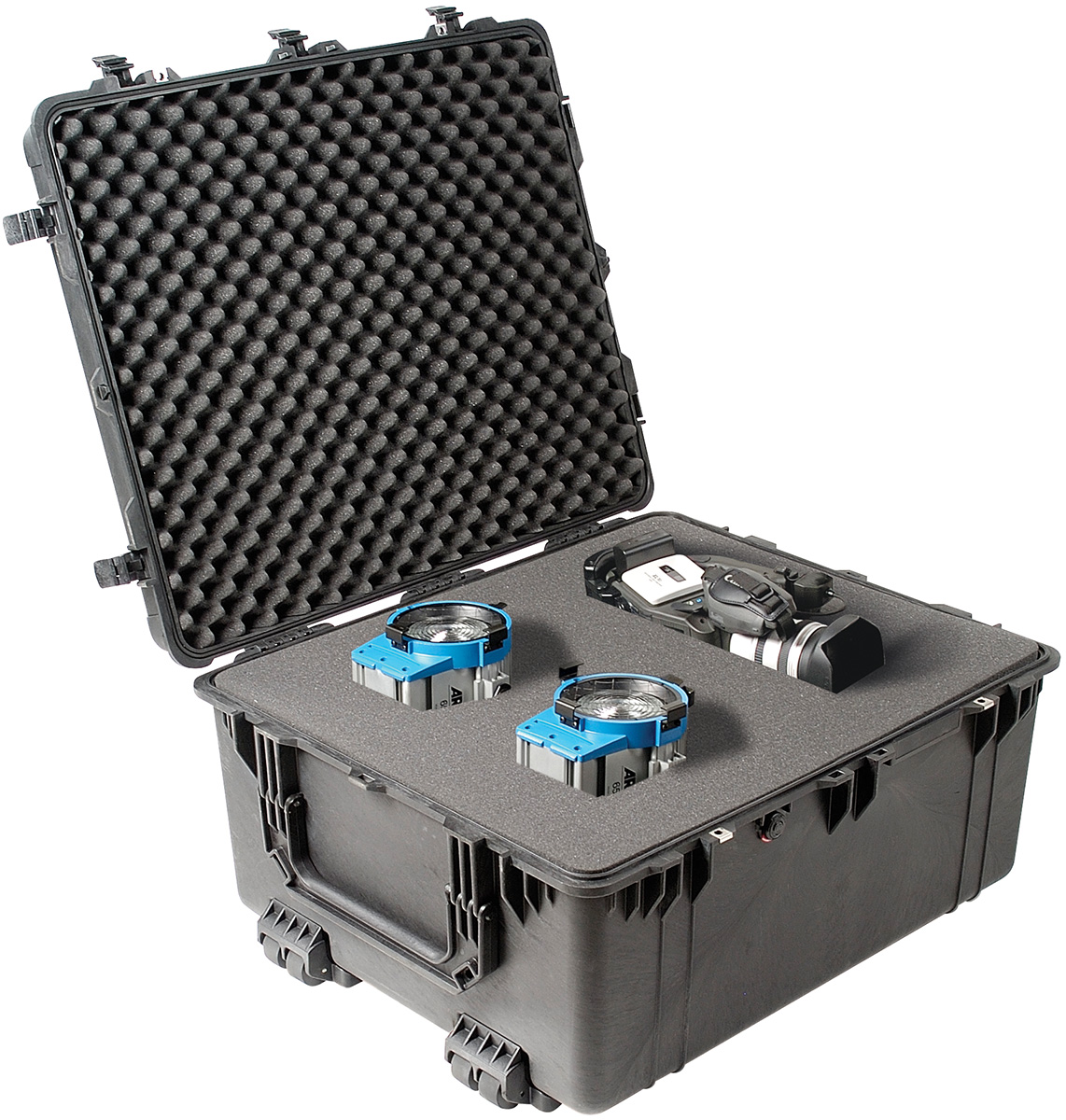 pelican 1690 rolling video film camera gear case
