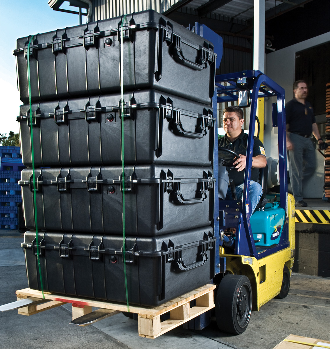 pelican 1730 pallet transport shipping case
