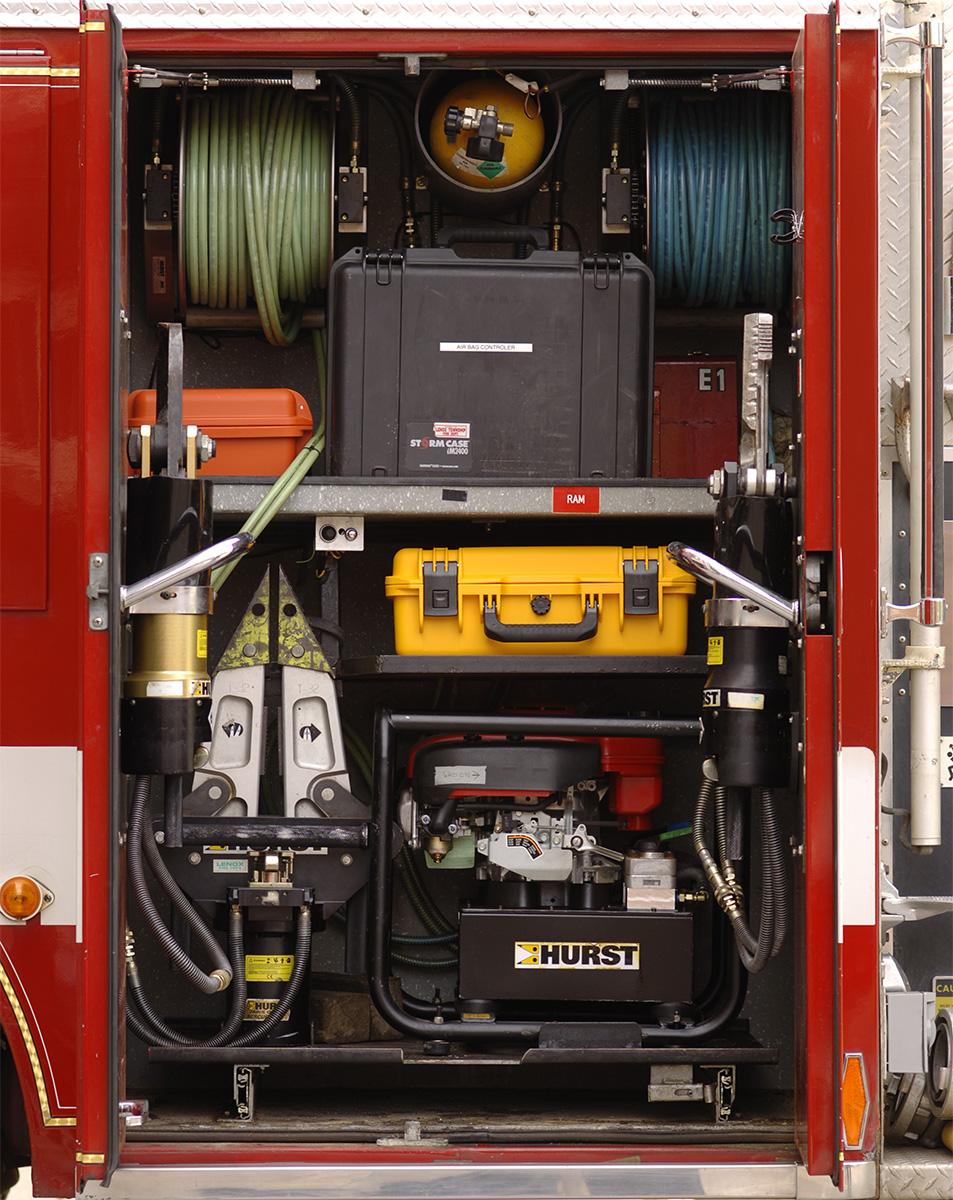 pelican im2400 fire truck firefighter hard gear case hardigg hardcase