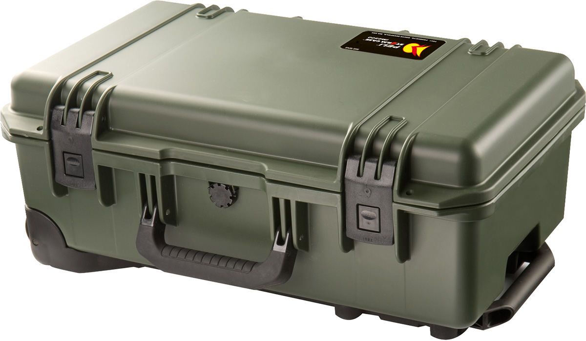 pelican im2500 storm rolling luggage hard case