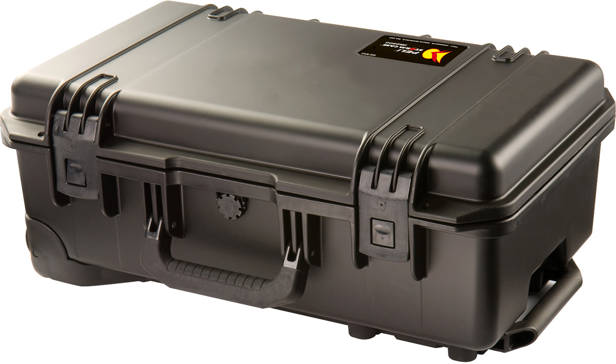 peli storm im2500 rolling suitcase travel case