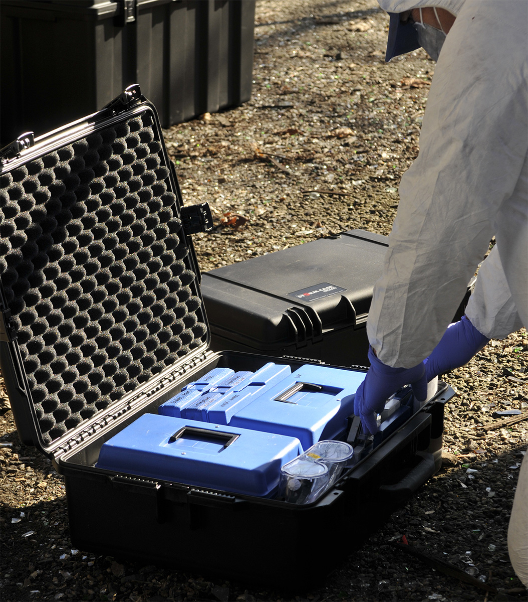 pelican im2600 police tactical forensics gear case