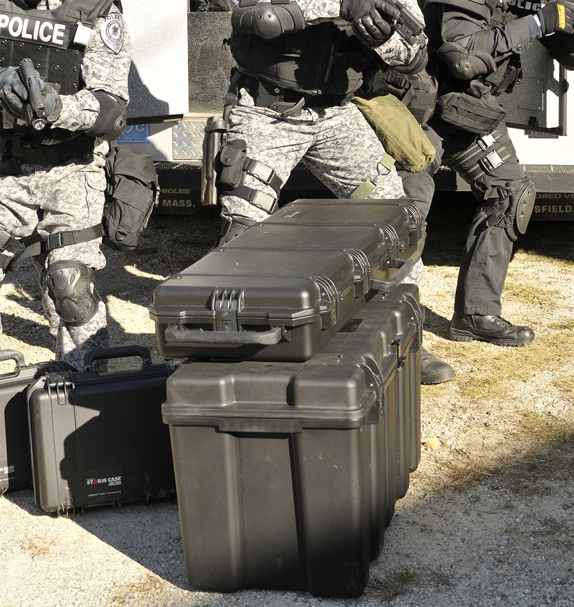 pelican peli products iM3200 hardigg police swat rifle hard case
