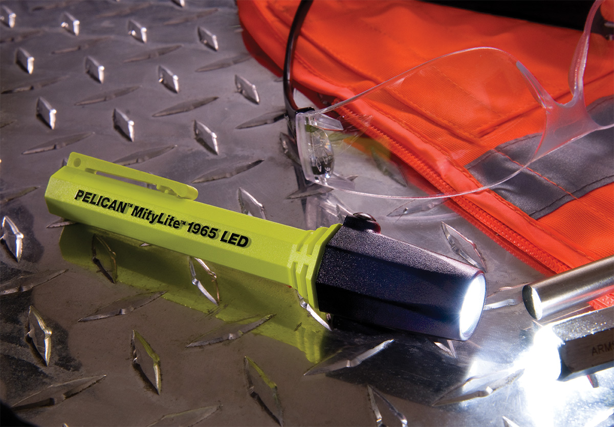 pelican 1965 highest lumens led safety flashlight
