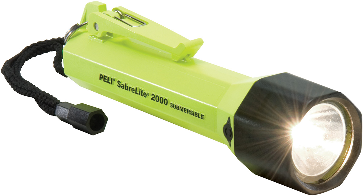 peli 2000 sabrelite submersible torch