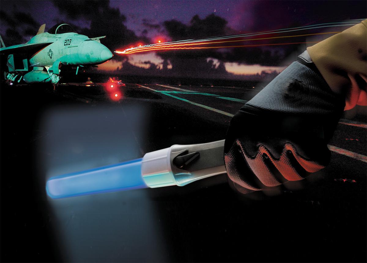pelican peli products 2490 air traffic wand flashlight light stick