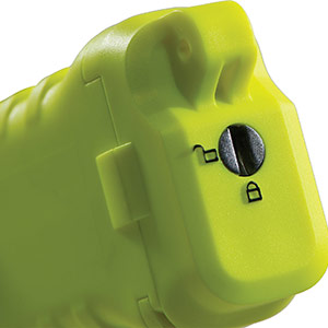 pelican 3315 ip67 waterproof flashlight