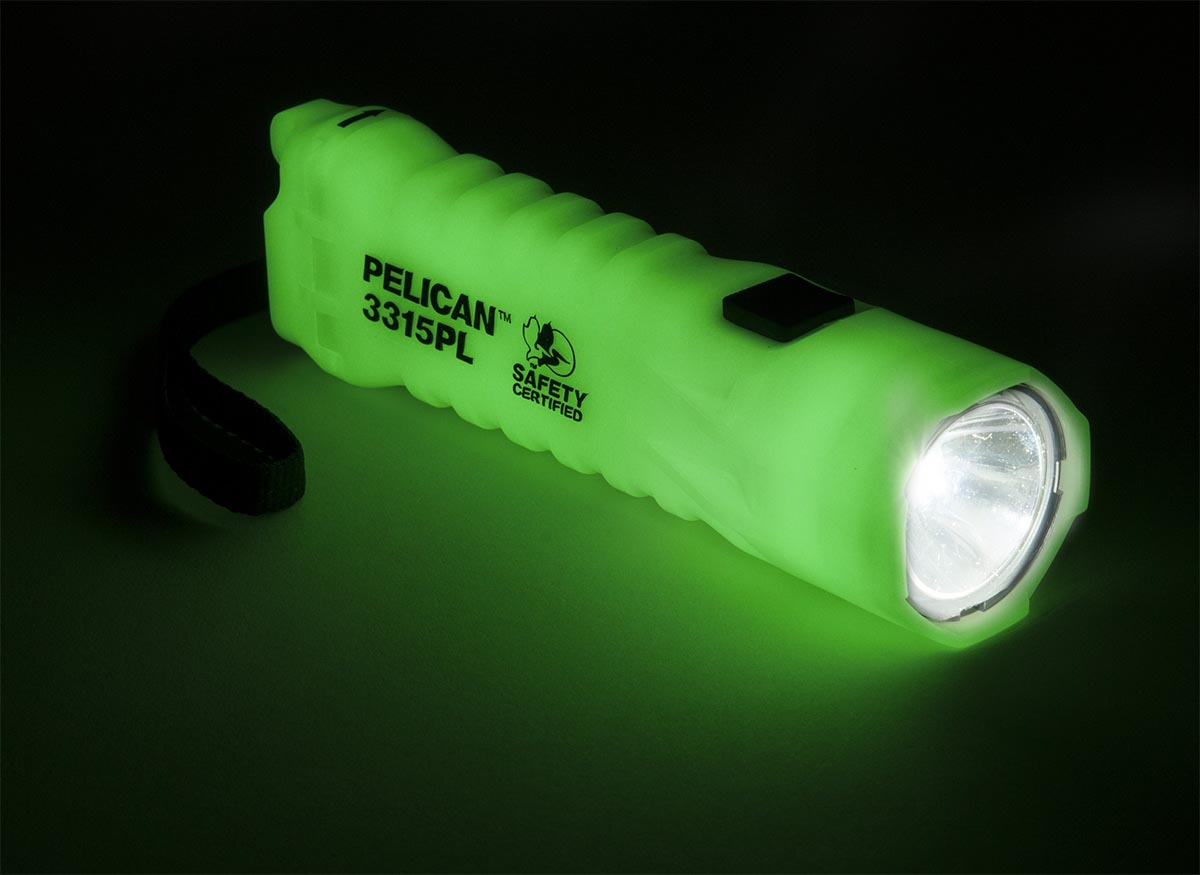 pelican photo luminescent led flaslight