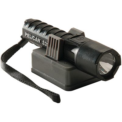 shop pelican flashlight 3315r rechargeable certified led