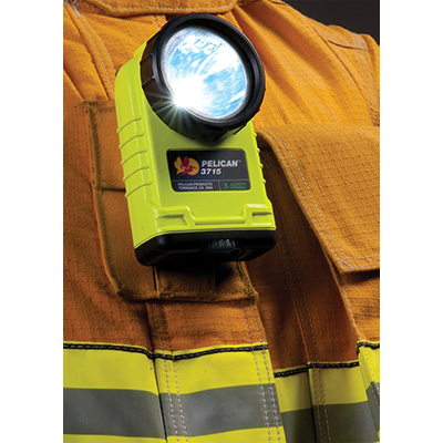 pelican 3715 firefighter safety approved flashlight