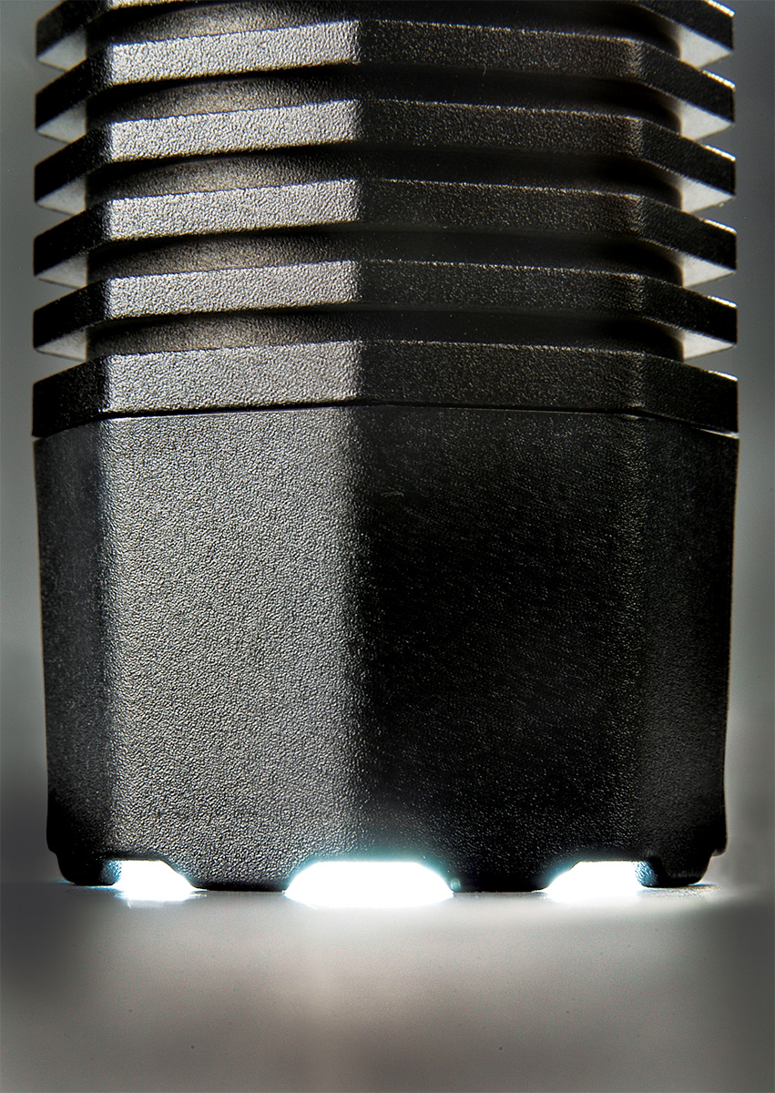 pelican 7060 highest lumens police cop flashlight