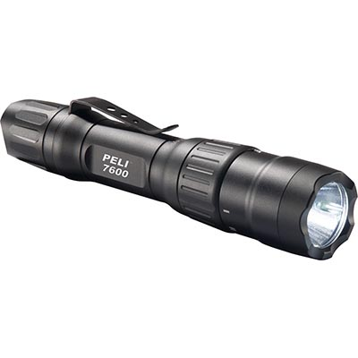 peli 7600 high lumens tactical torch