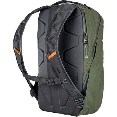 pelican mpb25 comfortable commuter backpack