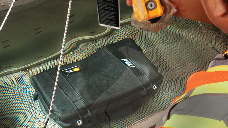 pelican custom case waterproof test submersion